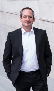 Stefan Lutz, LL.M.